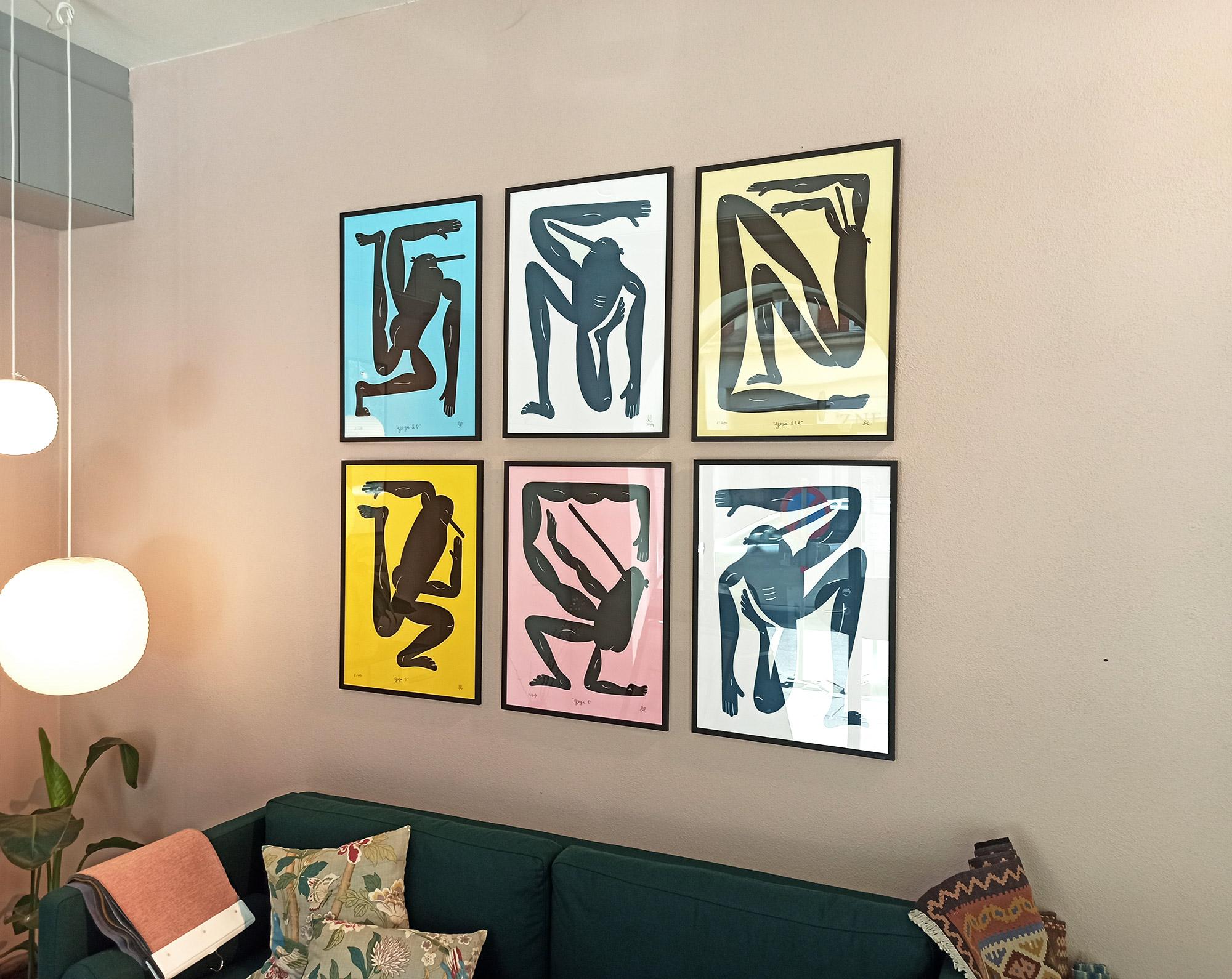 plakater-posters-kunsttryk, giclee-tryk, børnevenlige, figurative, illustrative, monokrome, pop, portræt, kroppe, humor, bevægelse, mennesker, sorte, blå, blæk, papir, abstrakte-former, sjove, sort-hvide, samtidskunst, københavn, dansk, dekorative, design, interiør, bolig-indretning, mænd, moderne, moderne-kunst, nordisk, plakater, tryk, skandinavisk, street-art, Køb original kunst og kunstplakater. Malerier, tegninger, limited edition kunsttryk & plakater af dygtige kunstnere.