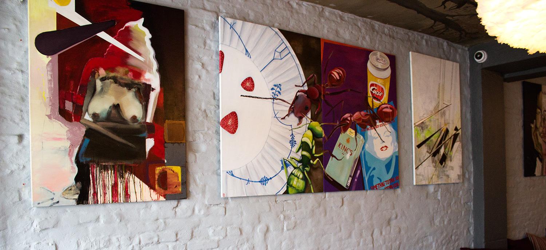 malerier, farverige, grafiske, portræt, surrealistiske, kroppe, seksualitet, sorte, brune, røde, gule, akryl,  bomuldslærred, samtidskunst, dansk, design, erotiske, moderne, moderne-kunst, nordisk, nøgen, skandinavisk, seksuel, levende, Køb original kunst og kunstplakater. Malerier, tegninger, limited edition kunsttryk & plakater af dygtige kunstnere.