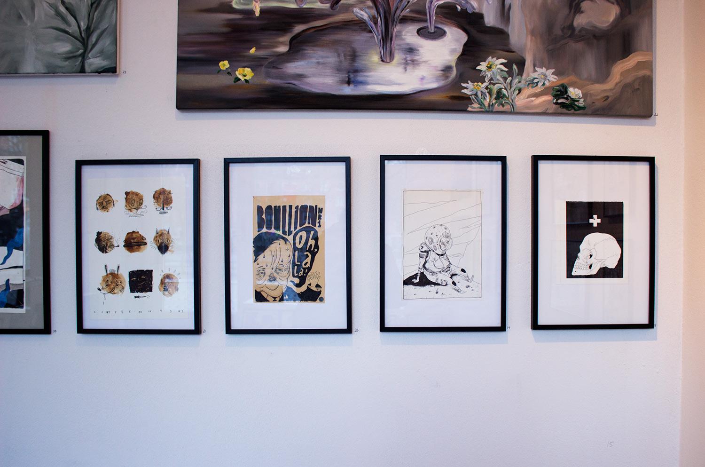 tegninger, ekspressionistiske, figurative, pop, portræt, kroppe, humor, sorte, hvide, papir, tusch, sjove, dansk, dekorative, design, ekspressionisme, interiør, bolig-indretning, mænd, moderne, moderne-kunst, nordisk, skandinavisk, street-art, Køb original kunst og kunstplakater. Malerier, tegninger, limited edition kunsttryk & plakater af dygtige kunstnere.