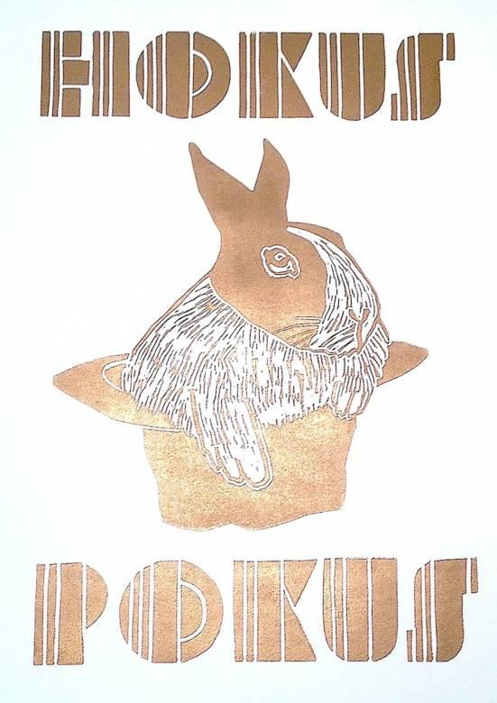 kunsttryk, linoleumstryk, dyr, børnevenlige, grafiske, kæledyr, typografi, guld, hvide, blæk, papir, kalligrafi, sød, dansk, design, fantasi, interiør, bolig-indretning, børn, moderne, moderne-kunst, nordisk, plakater, tryk, vilde-dyr, Køb original kunst og kunstplakater. Malerier, tegninger, limited edition kunsttryk & plakater af dygtige kunstnere.
