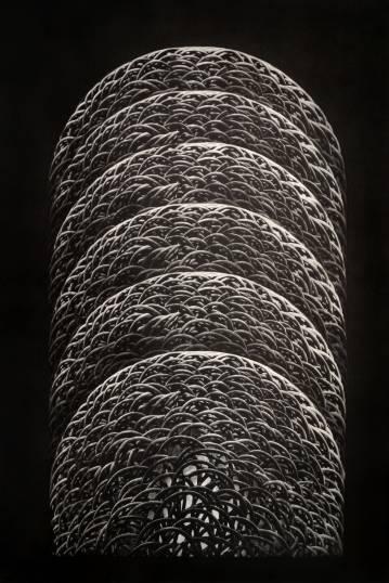 kunsttryk, engraveringer, abstrakte, æstetiske, monokrome, arkitektur, mønstre, sorte, grå, hvide, blæk, papir, abstrakte-former, efterår, dansk, dekorative, design, interiør, bolig-indretning, nordisk, skandinavisk, Køb original kunst og kunstplakater. Malerier, tegninger, limited edition kunsttryk & plakater af dygtige kunstnere.