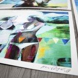 plakater-posters-kunsttryk, giclee-tryk, farverige, figurative, grafiske, landskab, pop, portræt, kroppe, hverdagsliv, stemninger, årstider, beige, blå, grønne, blæk, papir, strand, interiør, bolig-indretning, moderne, moderne-kunst, plakater, sommer, sol, kvinder, Køb original kunst og kunstplakater. Malerier, tegninger, limited edition kunsttryk & plakater af dygtige kunstnere.