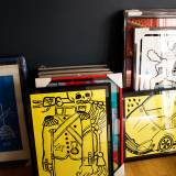 tegninger, børnevenlige, pop, humor, stemninger, bevægelse, transportmidler, sorte, gule, artliner, papir, tusch, sjove, biler, samtidskunst, dansk, design, interiør, bolig-indretning, moderne, moderne-kunst, naive, nordisk, skandinavisk, street-art, køretøjer, Køb original kunst og kunstplakater. Malerier, tegninger, limited edition kunsttryk & plakater af dygtige kunstnere.