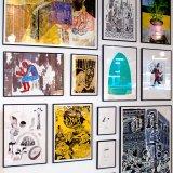 plakater-posters-kunsttryk, giclee-tryk, farverige, figurative, portræt, surrealistiske, botanik, tegneserier, humor, mennesker, blå, grå, pink, gule, blæk, papir, sjove, samtidskunst, københavn, dansk, dekorative, design, ansigter, feminist, blomster, interiør, bolig-indretning, moderne, moderne-kunst, nordisk, planter, plakater, tryk, skandinavisk, Køb original kunst og kunstplakater. Malerier, tegninger, limited edition kunsttryk & plakater af dygtige kunstnere.